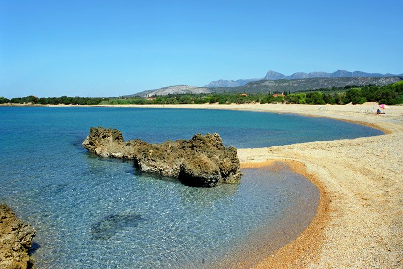 Laguvardos beach (2 min)