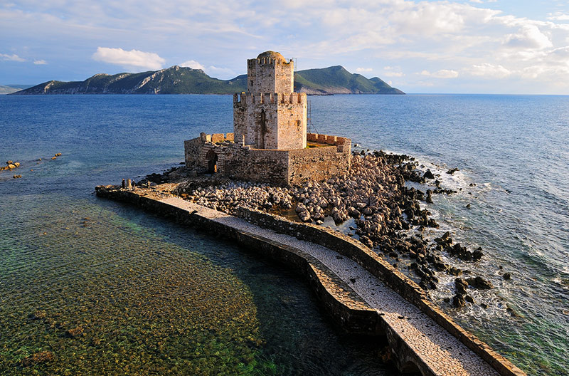 The Castle of Methoni (40 min)